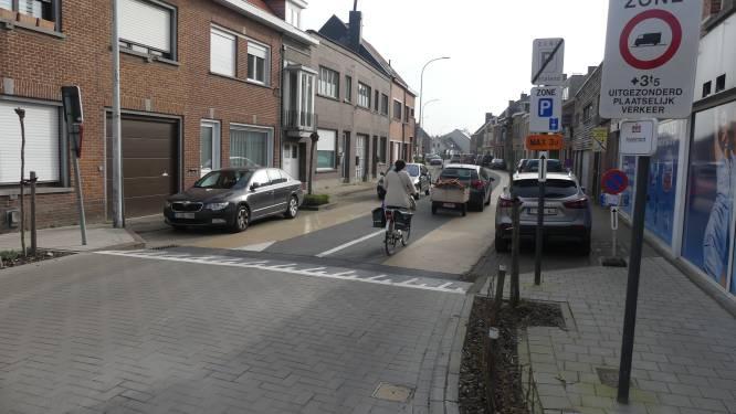 """Inwoners wijk Ter Wilgen vragen meer inspraak over mobiliteit: """"Eenrichtingsverkeer in Poelstraat zal sluipverkeer verleggen"""""""