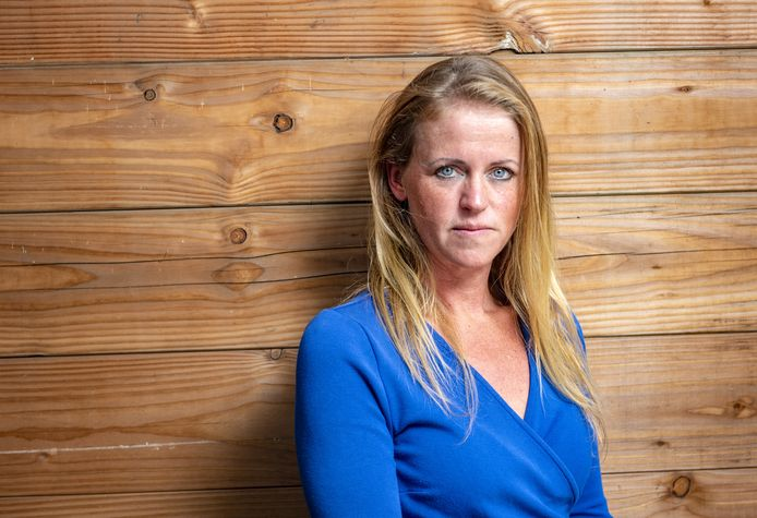 Renske Dragt uit Laren schreef een boek over haar pijnlijke vertrek bij de KLM.