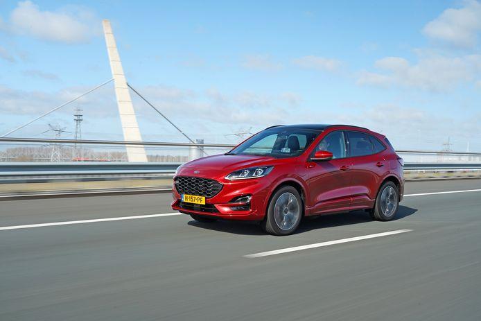 De nieuwe Ford Kuga plug-in hybrid als ST-Line