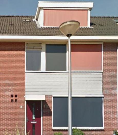 Broer en zus willen nog even blijven aan Hellendoornse Koetshuisstraat