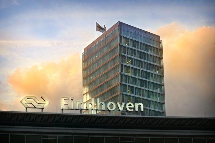 De huurprijzen van de  Kennedytoren in Eindhoven stijgen, stelt vastgoedadviseur CBRE.