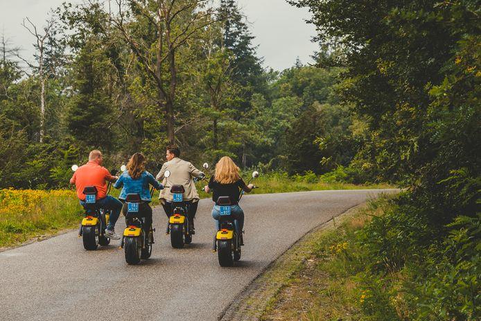 Twente wordt overspoeld door een stroom aan elektrische voertuigen. Van e-choppers en elektrische loopfietsen tot kickbikes en scooters.