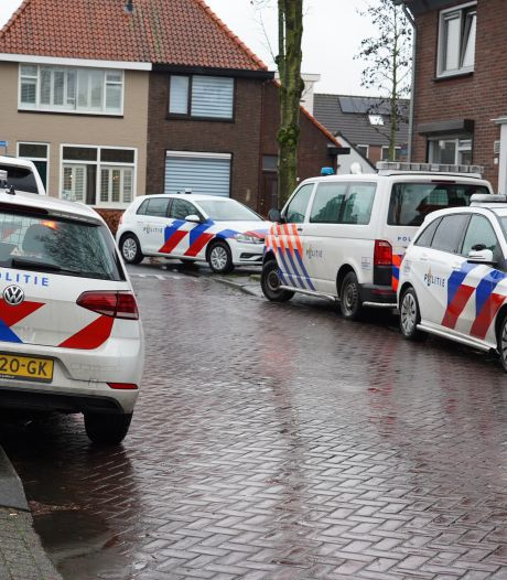 Hennepstekjes met straatwaarde van 27.000 euro gevonden in woning in Rijen