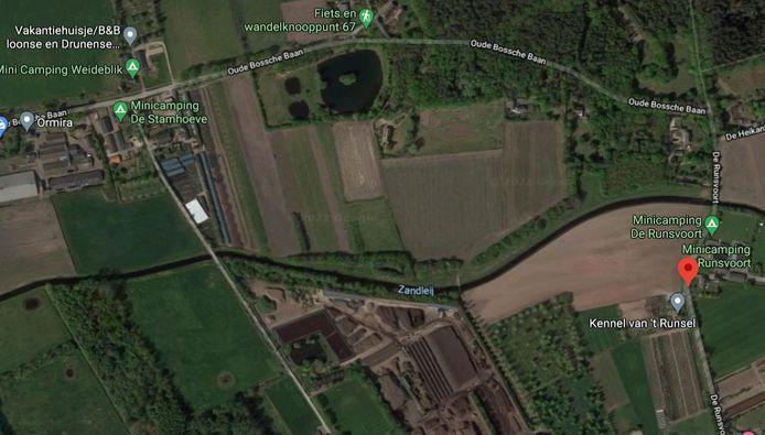 De Runsvoort is de grens tussen Tilburg en Vught. In Tilburg moeten toeristen meer belasting betalen dan in Vught.