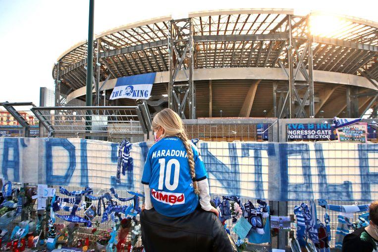 Het San Paolo-stadion krijgt weldra de naam Diego Maradona-stadion. Beeld AP