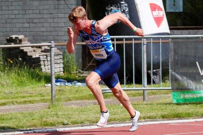 Alexander Doom loopt dit de individuele 400m en de 4x400m estafette op de Europabeker in Roemenië.