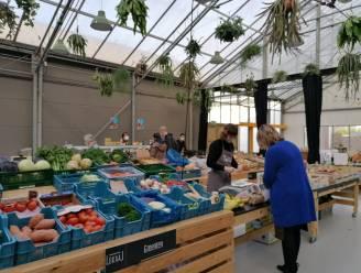 Lokaalmarkt in Ieper pakt uit met gratis appels