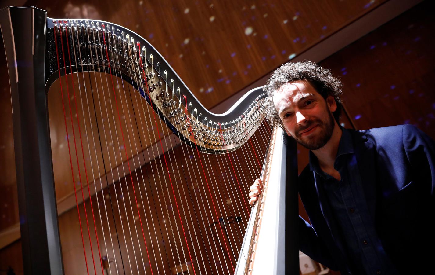 De Nederlandse harpist Remy van Kesteren