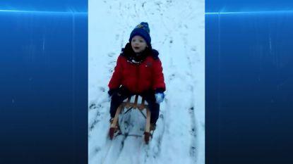 VIDEO. Leuke beelden van onze lezers: kinderen genieten van de verse sneeuw