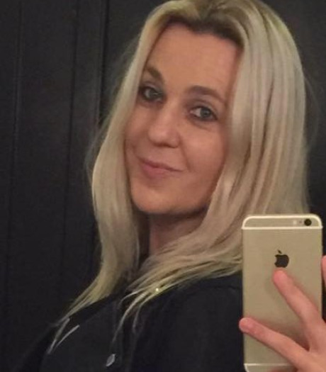 'Vermiste vrouw uit Veldhoven in Saint-Tropez ontsnapt uit handen van vrouwenoplichter '