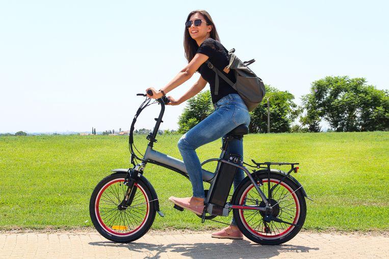 Heel wat banken bieden nu speciale leningen voor elektrische fietsen Beeld Shutterstock