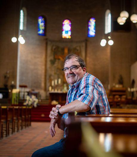 Jan Wannet is altijd in de weer voor de kerk: 'Vroeg of laat slaan we de weg omhoog weer in'