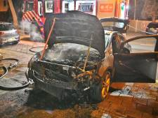 Auto verwoest door brand in Waalre