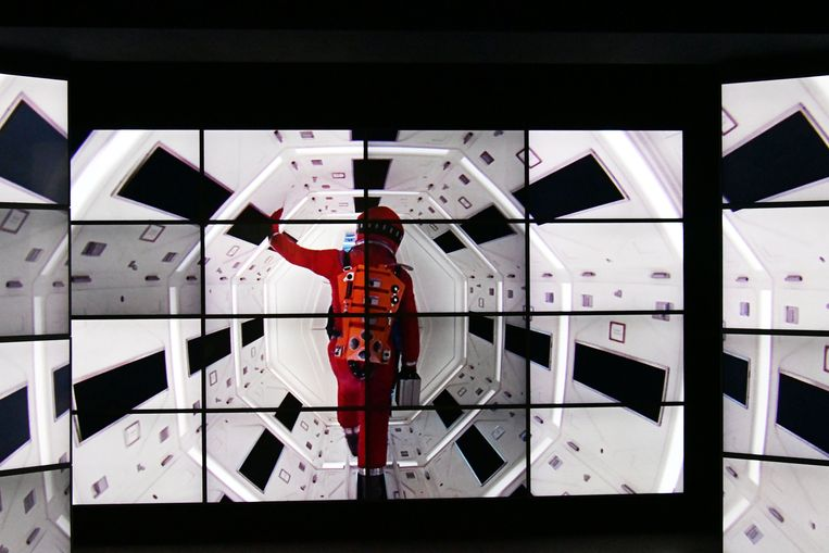 Een 'one-point-perspective'-shot uit '2001: A Space Odyssey.' Beeld Photo News