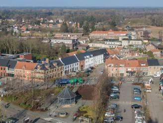 Gemeente schrijft nieuwe richtlijnen uit voor bouwprojecten: meer ruimte voor groen, geen nieuwe percelen voor halfopen bebouwing en meer aandacht voor zorgwonen