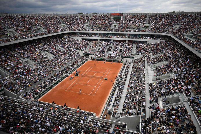 Vue aérienne sur le court Philippe Chatrier, le central de Roland-Garros.