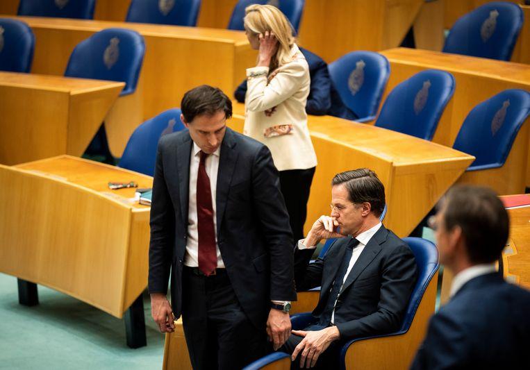 Sigrid Kaag, Mark Rutte en Wopke Hoekstra tijdens het debat over de gelekte stukken van de verkenners.  Beeld Freek van den Bergh / de Volkskrant