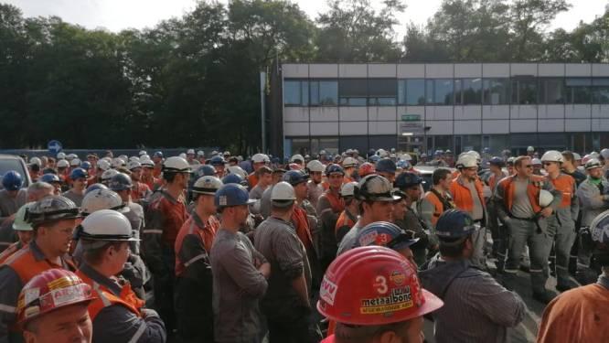"""Personeel ArcelorMittal legt voor tweede dag op rij werk neer: """"Tijdens de pandemie hebben we grote risico's genomen"""""""