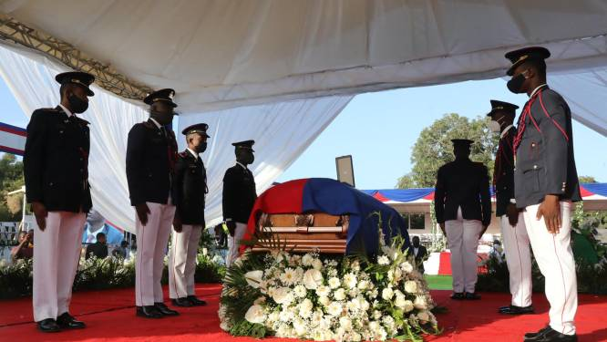 Vermoorde president Jovenel Moïse begraven in Haïti