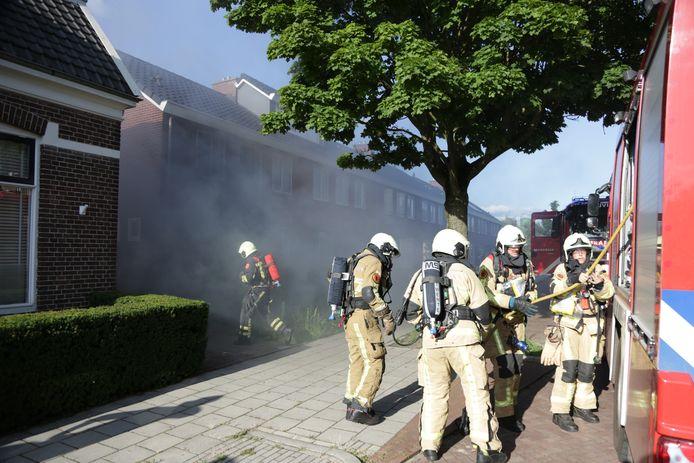 In een woning in Nijverdal is zaterdagavond brand ontstaan