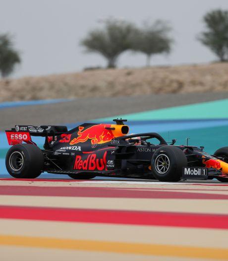 Verstappen spint en klokt zesde tijd in eerste vrije training, Hamilton en Bottas het snelst