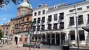 Het iconische hotel-restaurant Bellevue in Dordrecht dreigt nu jaren leeg te komen staan.