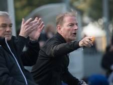 Trainer John Beijen en het zondagvoetbal van Wijhe'92, dat past perfect bij elkaar