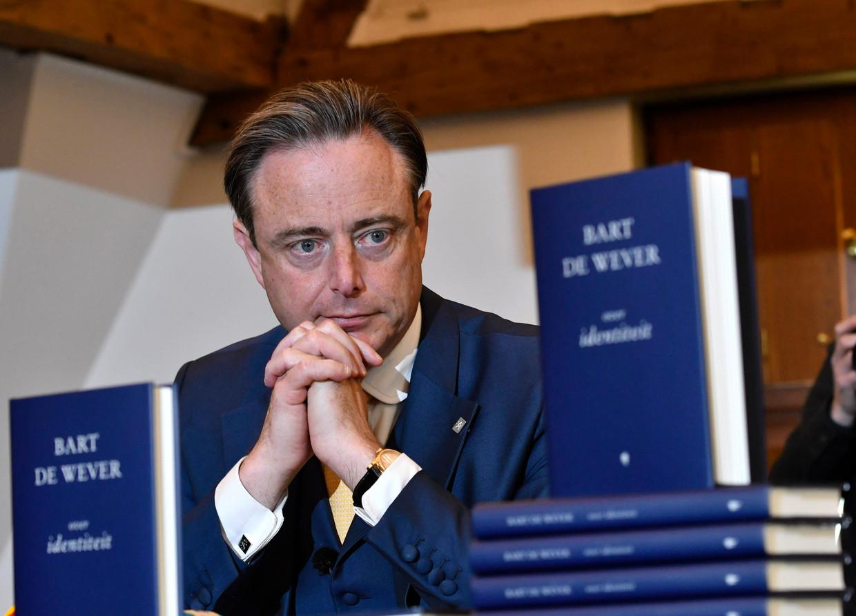 Bart De Wever bij de publicatie van zijn nieuwe boek. Beeld Photo News