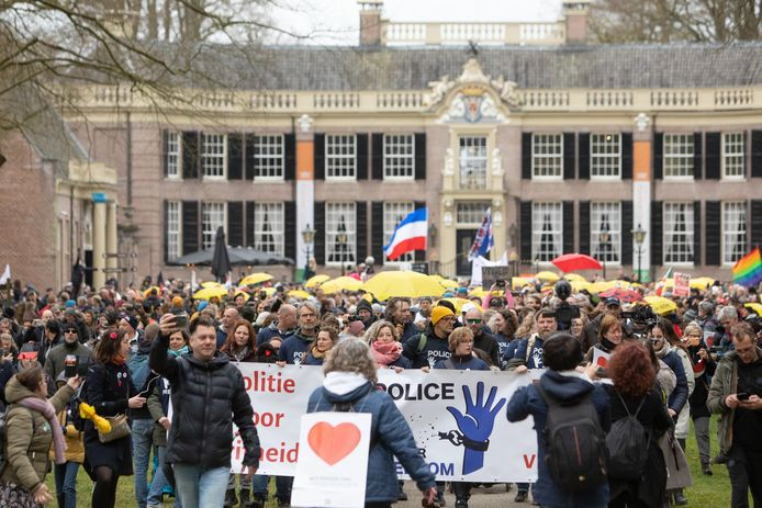 De demonstratie in Baarn.