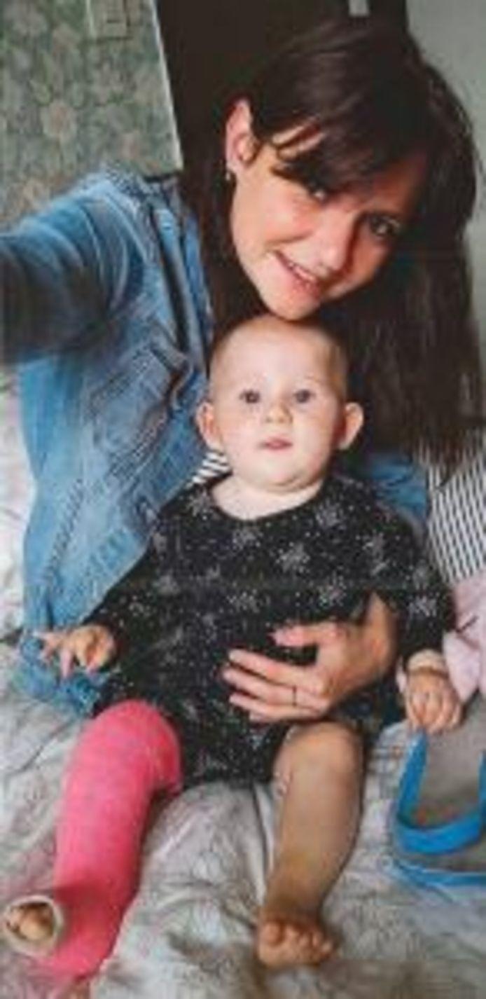 Amélie Bourquin, 26 ans, et sa fille Margaux, 8 mois, ont disparu