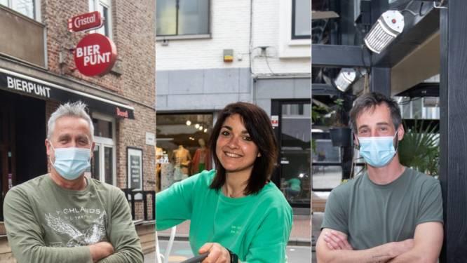 """Horeca-uitbaters stomen terrassen klaar voor zaterdag: """"Bordje 'te koop' stond bijna voor de deur, maar éindelijk is er weer perspectief"""""""