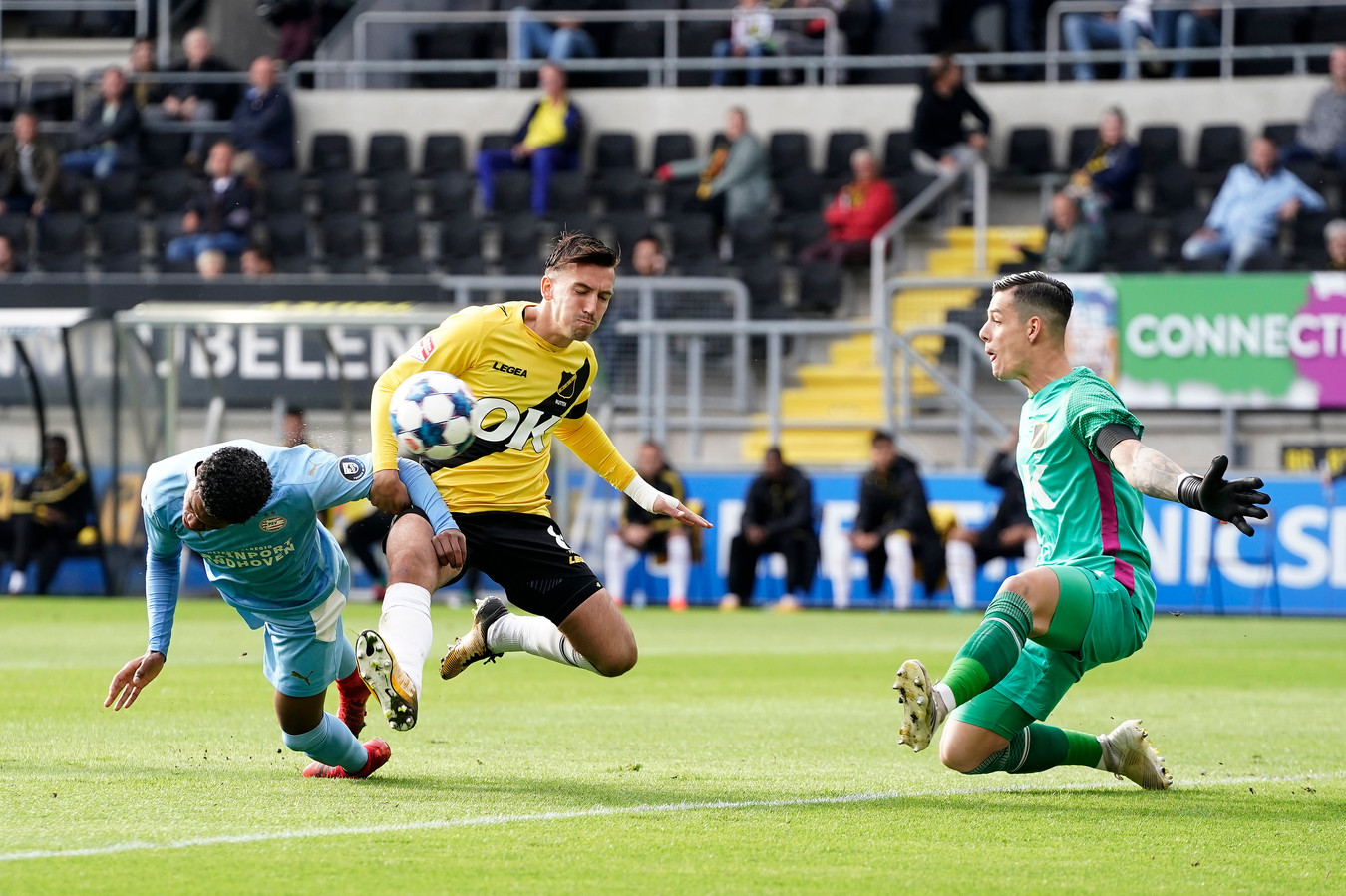 Nick Olij werd zaterdag eenmaal geklopt. Van dichtbij door Jong PSV-aanvaller Nigel Thomas.