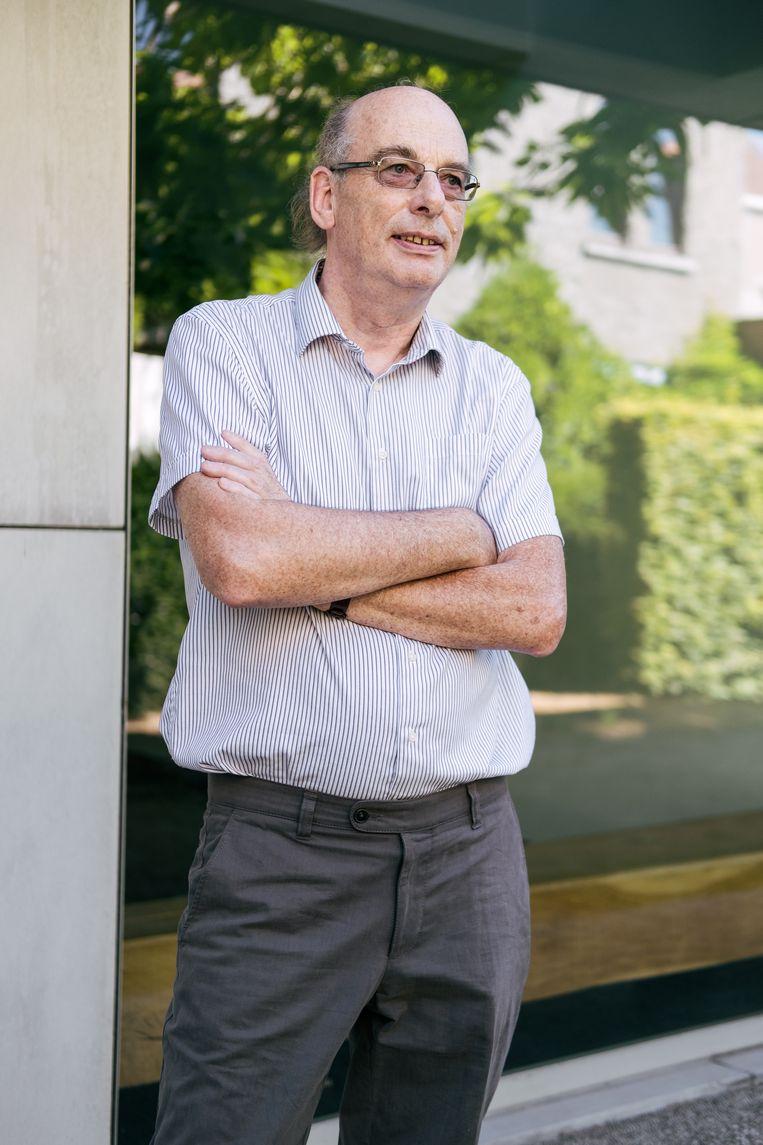 Ri De Ridder was tot vorig jaar topman van het RIZIV. Vandaag is hij actief bij de ngo Dokters van de Wereld.