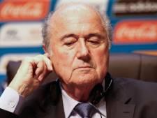 Retirer au Qatar le Mondial 2022? Blatter préfère attendre