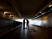 Jongens (15 en 16) opgepakt voor gewapende overval op telefoonwinkel in Almere