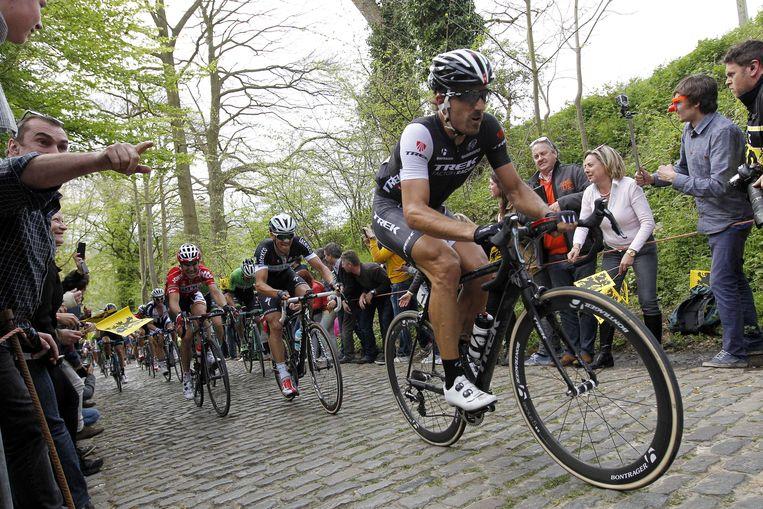 Fabian Cancellara in actie tijdens de Ronde van Vlaanderen. Beeld anp