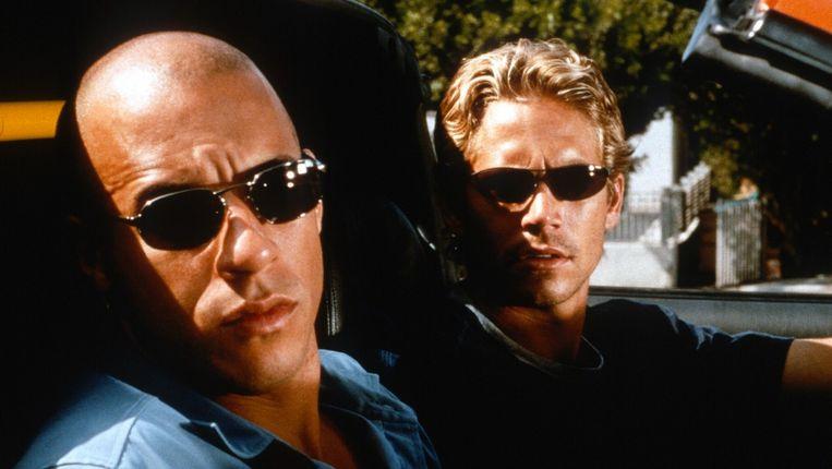 Vin Diesel en Paul Walker in The Fast and the Furious van Rob Cohen Beeld