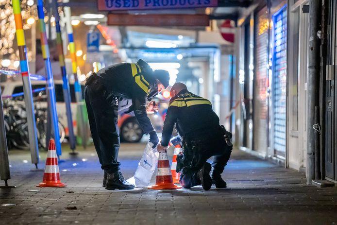 De politie doet onderzoek naar een schietpartij.