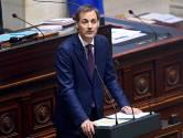 """La Chambre débat depuis plus de 24h, De Smet tacle De Croo: """"Vous êtes un homme maltraité par vos partenaires"""""""