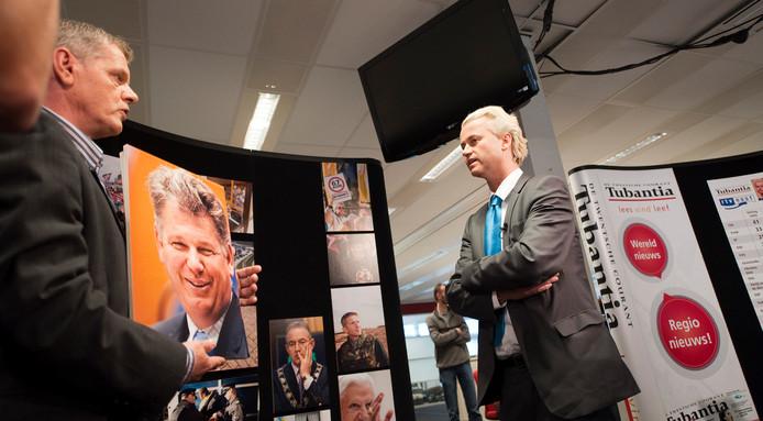 PVV-leider Geert Wilders bezoekt de Twentse Courant Tubantia in Enschede.