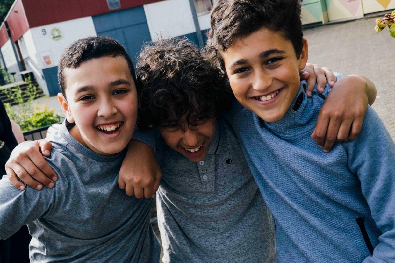 Yunascan (r) uit de serie Klassen, met zijn vriendjes.