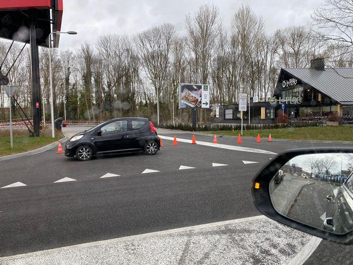Drie zaken op foodcourt Zwolle op last van de gemeente gesloten