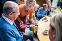 De kapsalon voor ouderen (de Social Salon) blijft in het Duvelhok bestaan.
