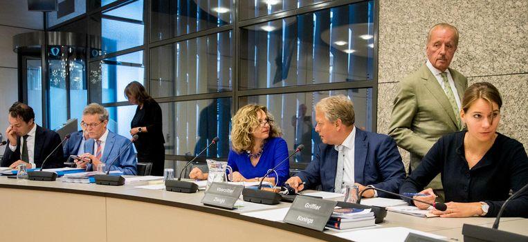 Minister Schippers (in het blauw gekleed) tijdens het debat over het gifei-schandaal. Beeld anp