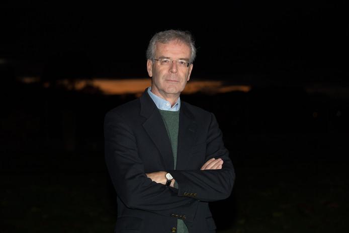 Luchtvaartdeskundige Alexander ter Kuile uit Haarle is voorzitter van de 12-koppige bewonersdelegatie die minister Cora van Nieuwenhuizen adviseert over de bekritiseerde vliegroutes van Lelystad Airport.