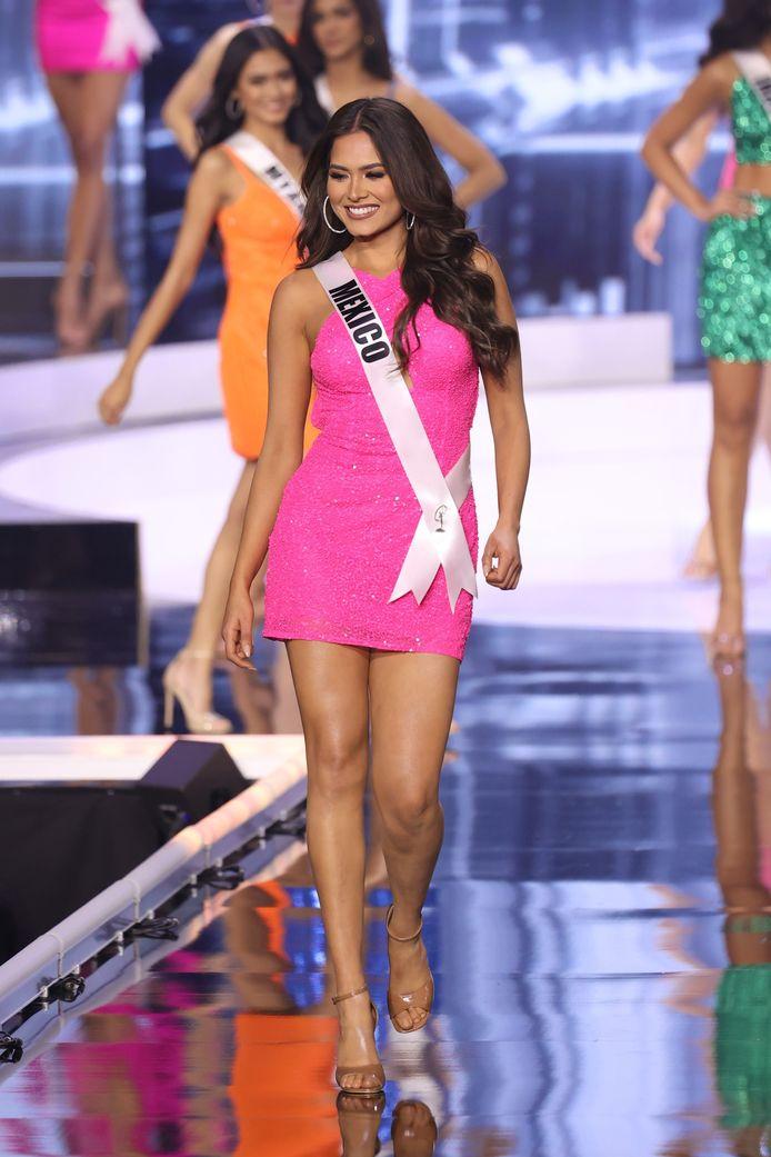 Miss Mexique.