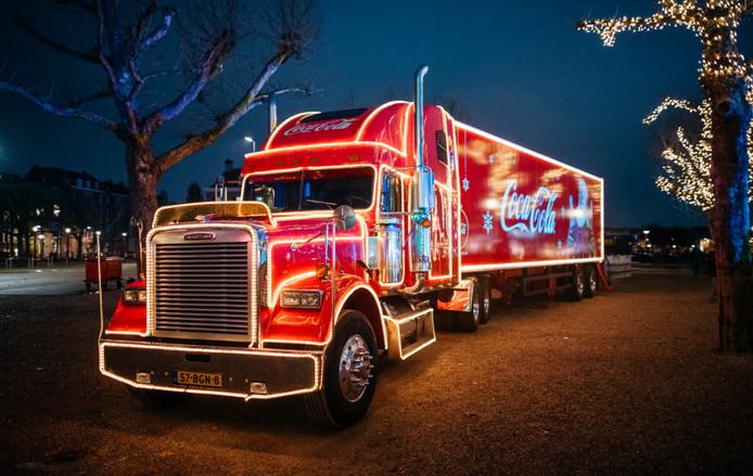 De kersttruck die vanmiddag in Breda staat.
