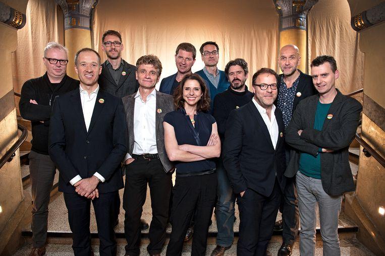 De 11 oprichters van vzw Klimaatzaak. Beeld RV