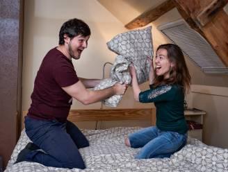 Deze twee Blind Getrouwd-koppels vertellen openhartig over die eerste kus en meer...