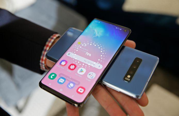 De nieuwste telefoons van 2020 kunnen ook elkaar opladen!